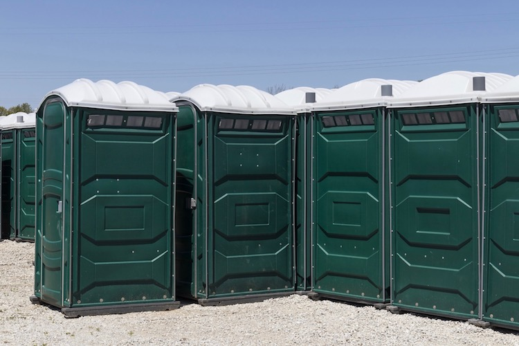 gippsland portable toilet hire and cleaning